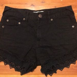 Free People Black Shorts. Size 24